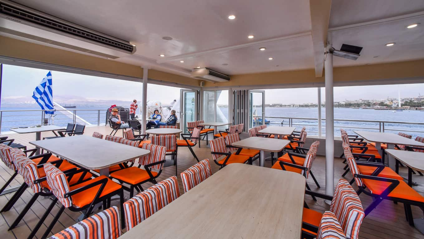 M/Y Harmony V - Outdoor Dining