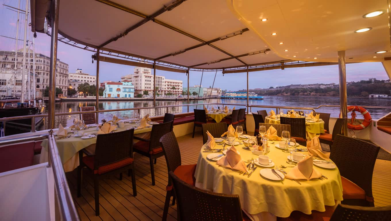 M/S Panorama II - Outdoor Dining